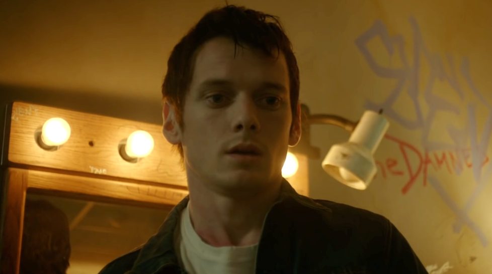 still of Anton Yelchin as Pat in Green Room Straight from a movie Best movie review site