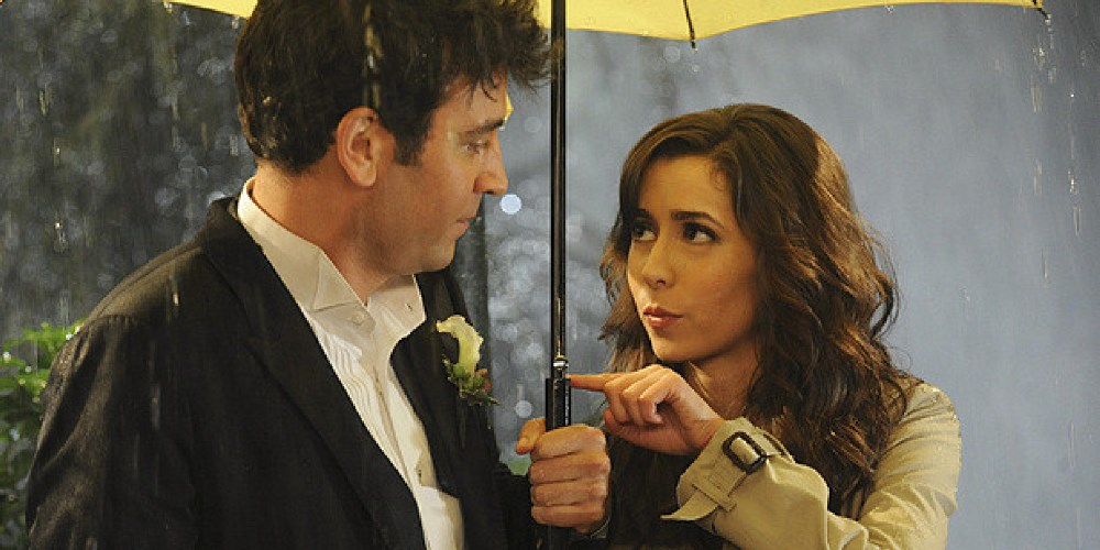 Still of Ted and Mother from HIMYM yellow umbrella