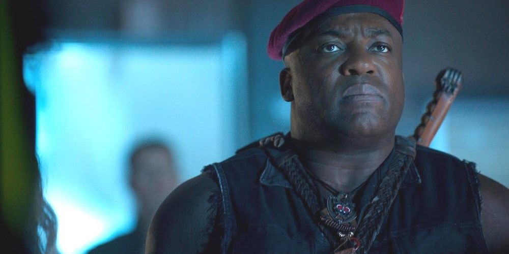 still of Deobia Oparei as Dikembe Umbutu in Independence Day Resurgence
