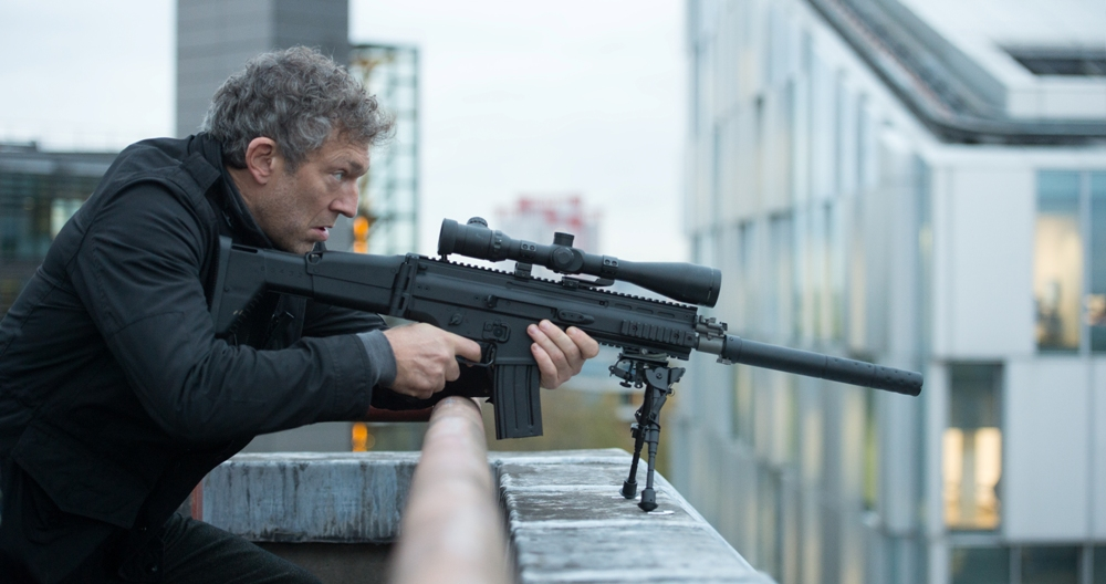 still of Vincent Cassel as Asset in Jason Bourne movie