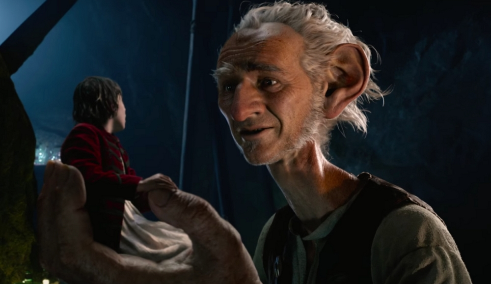 still of mark rylance as the big friendly giant from the bfg movie