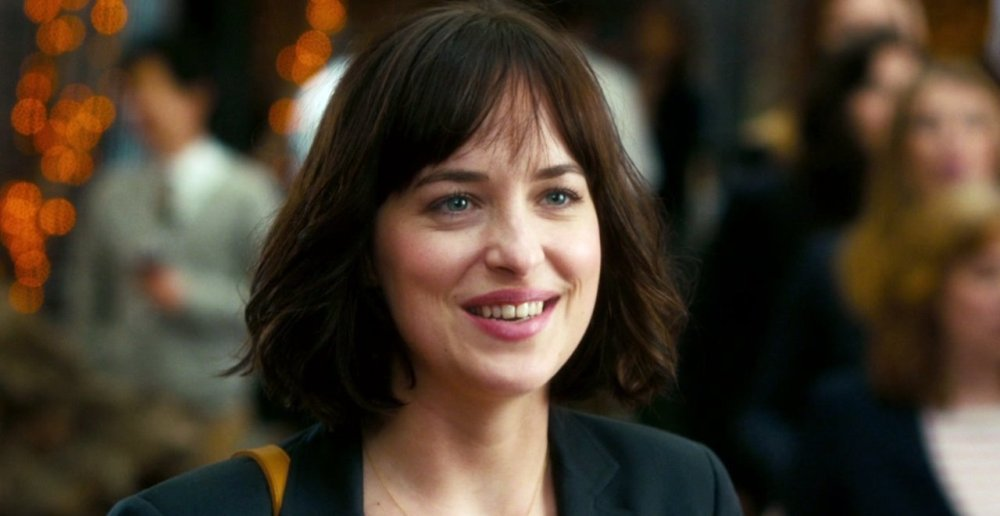 still of dakota johnson as alice in how to be single