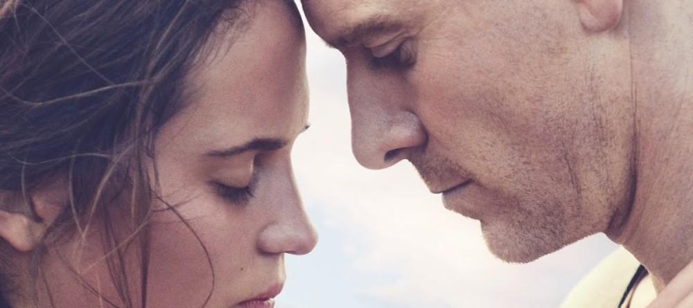 The Light Between Oceans Review (2016) | Tears you Apart | Profound