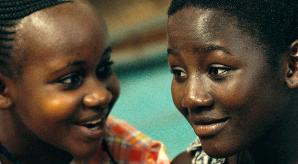image of gloria played by Nikita Waligwa in queen of katwe movie