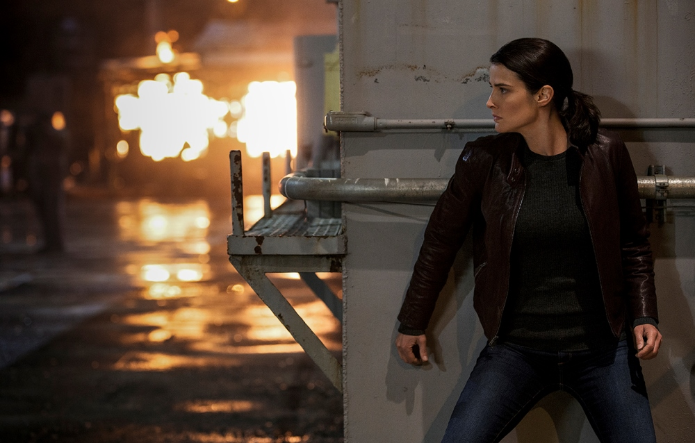 still of Cobie Smulders as Turner in Jack Reacher Never Go Back Movie