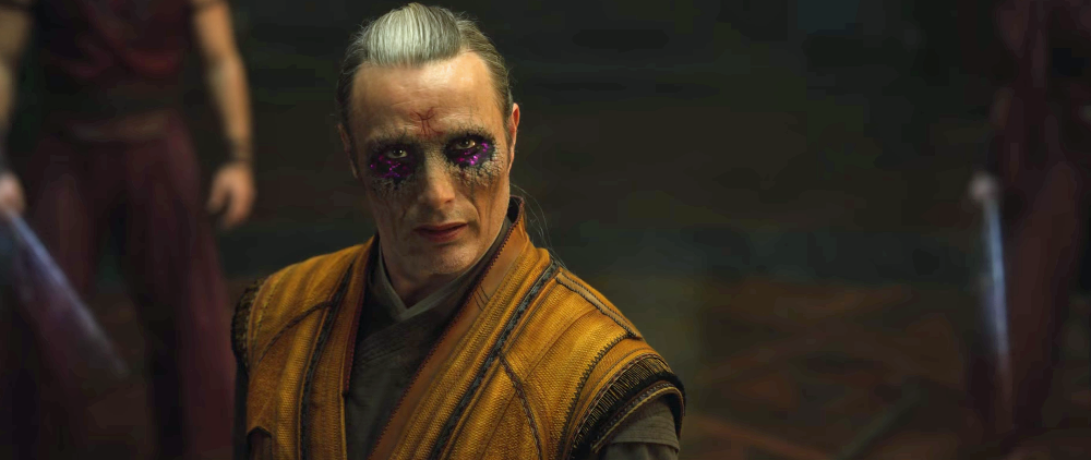 still of mads mikkelsen as kaecilius in doctor strange