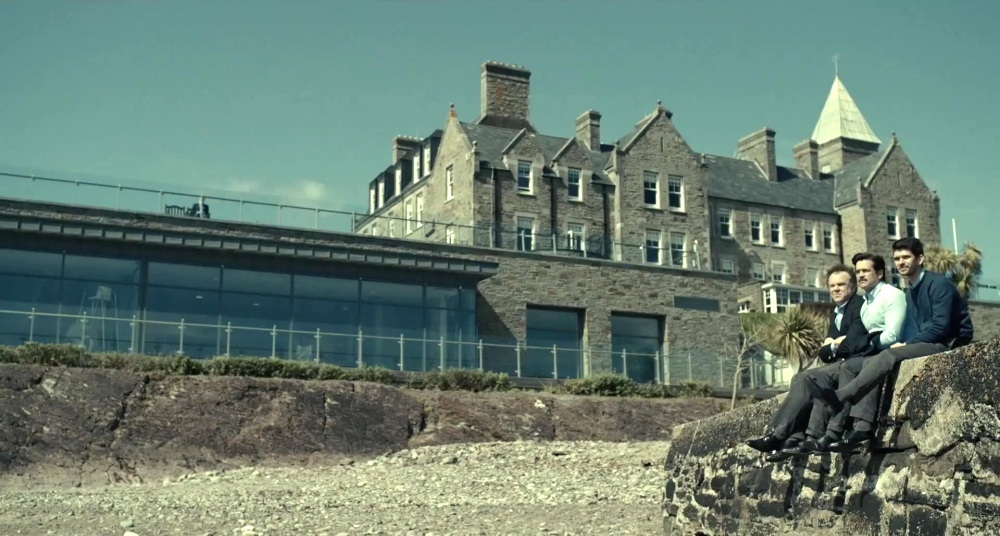 the hotel in the lobster movie