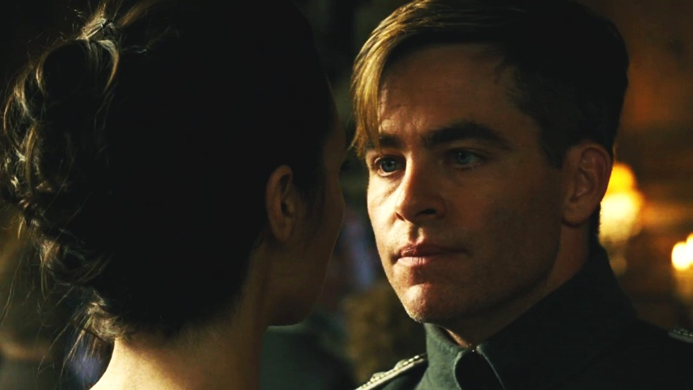 still of Chris Pine as Steve Trevor in Wonder Woman