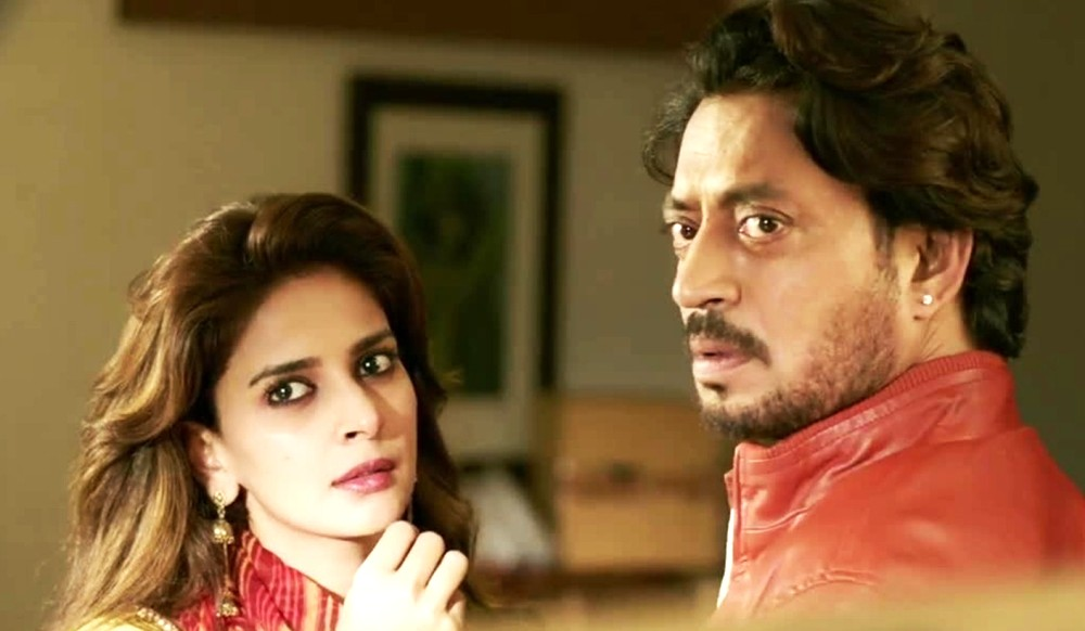 still of Irrfan Khan and Saba Qamar from Hindi Medium movie