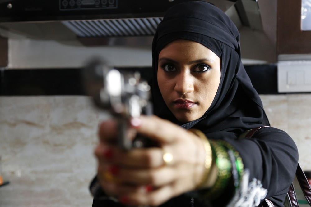 still of Konkana Sen Sharma in Lipstick under my Burkha