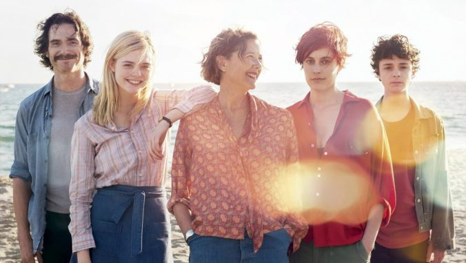 20th century women wallpaper