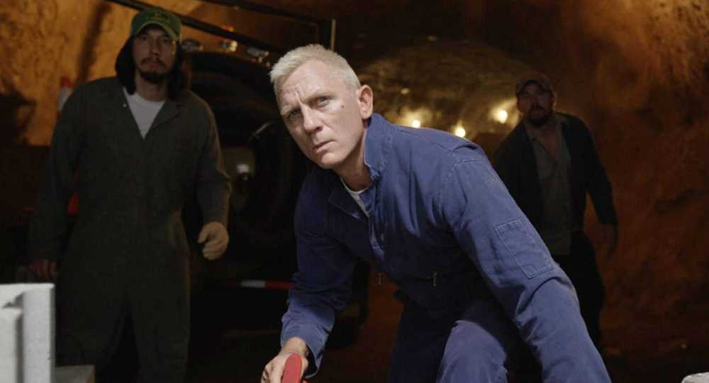 Daniel Craig in Logan Lucky movie