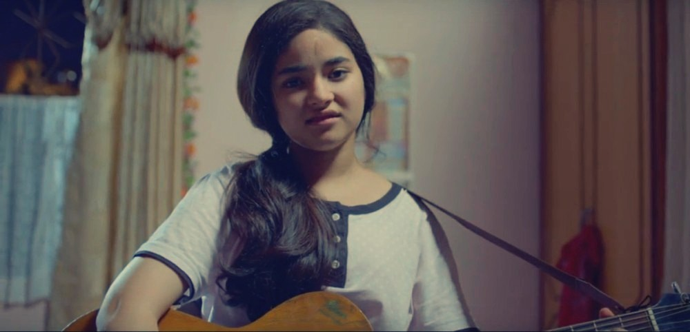 Zaira Wasim in Secret Superstar movie