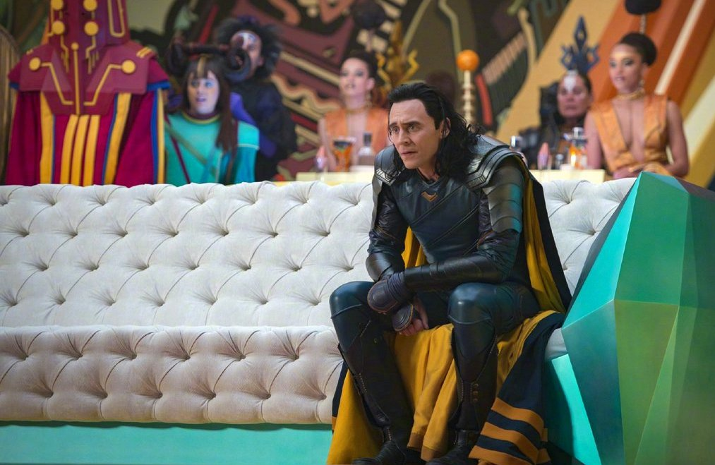 still of loki in thor ragnarok