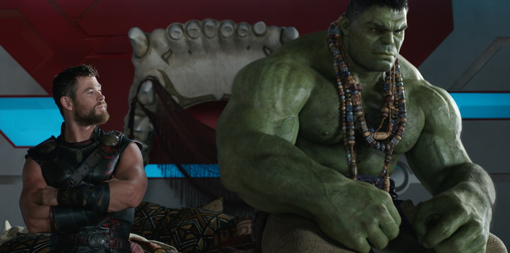 thor and hulk in thor ragnarok movie