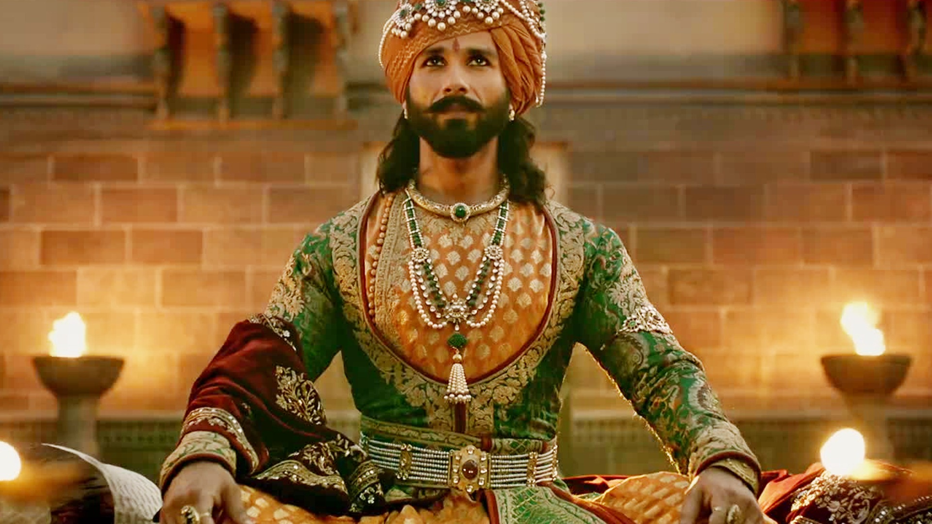 Shahid Kapoor as Ratan Singh in Padmaavat