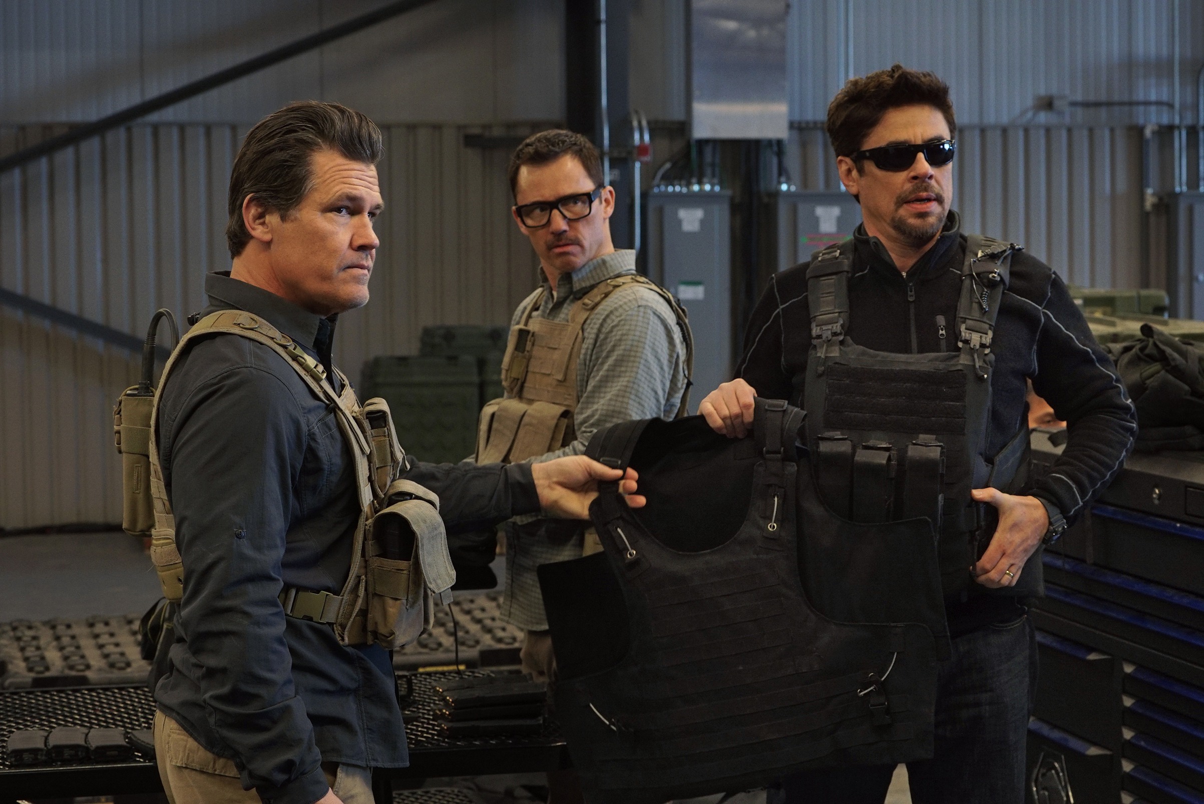 Josh Brolin, Jeffrey Donovan and Benicio Del Toro in Sicario Day of the Soldado