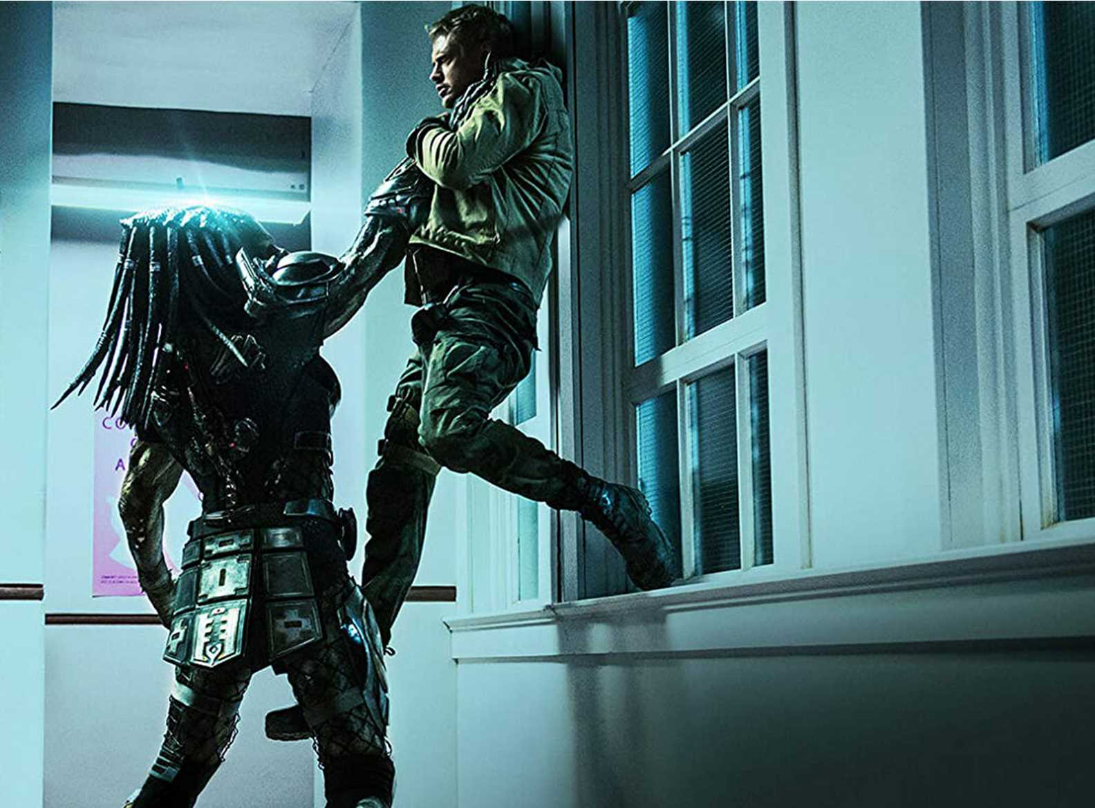 the predator lifts Boyd Holbrook